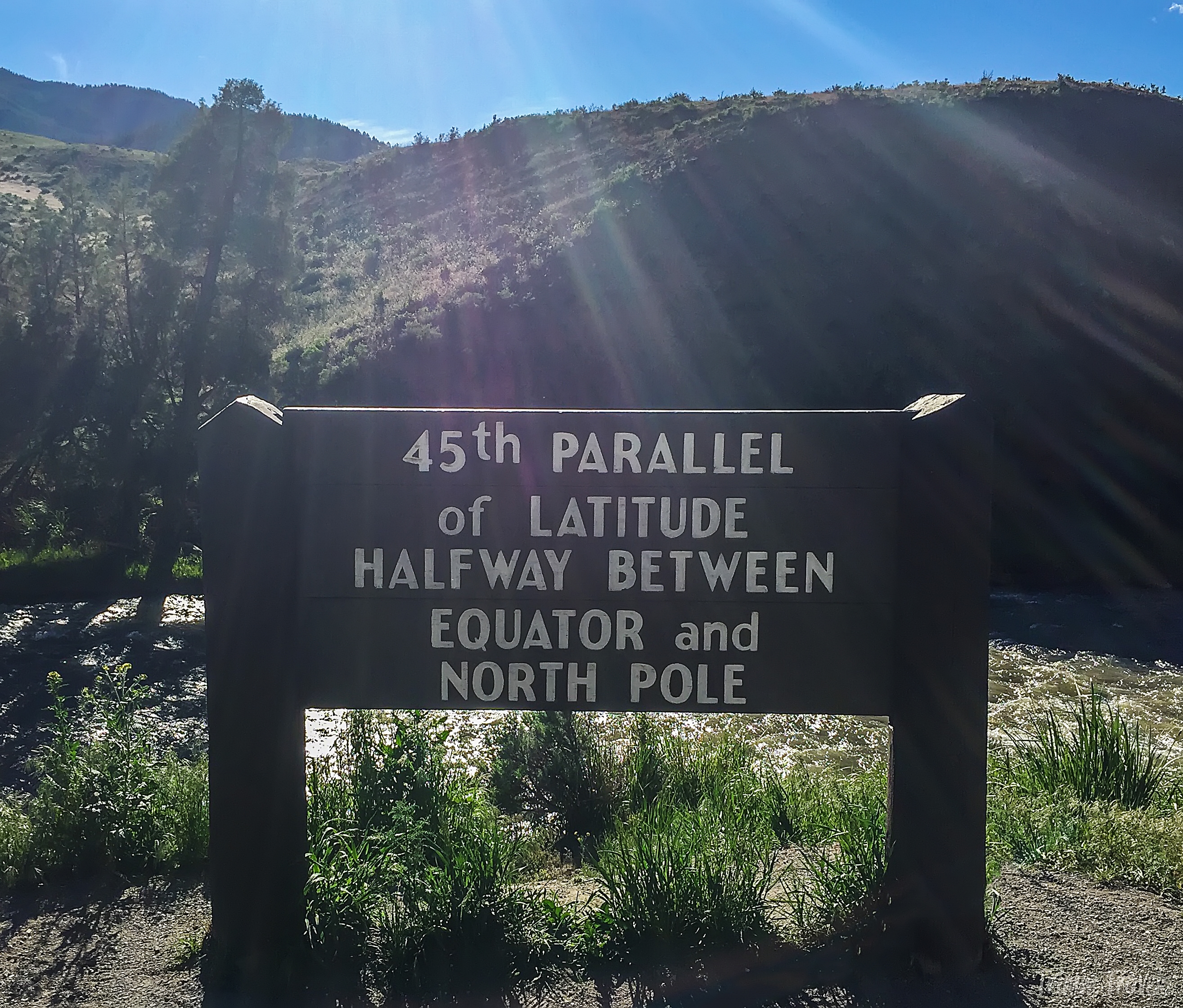 sign for the 45th parallel in yellowstone