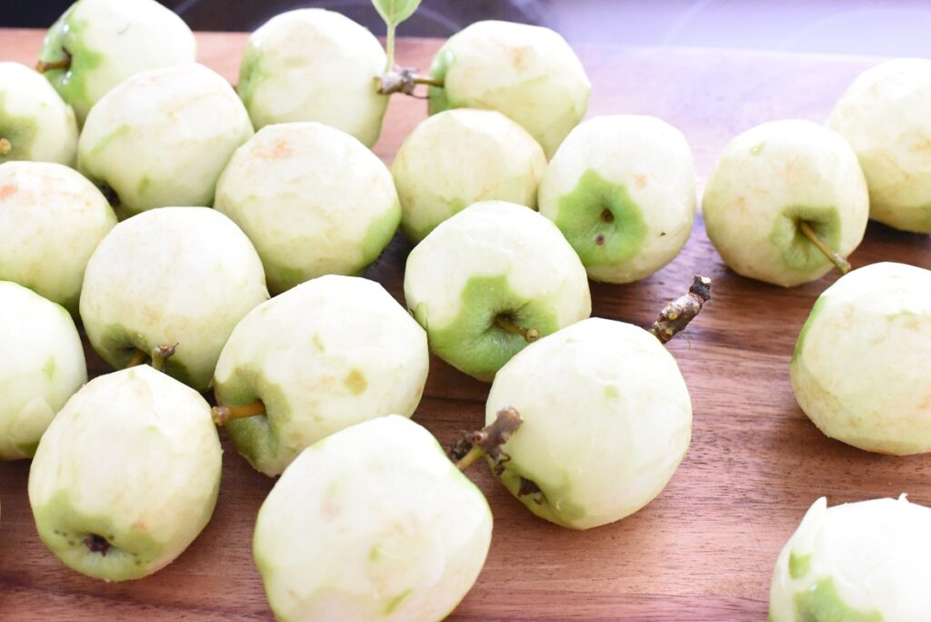 Green Apples Peeled