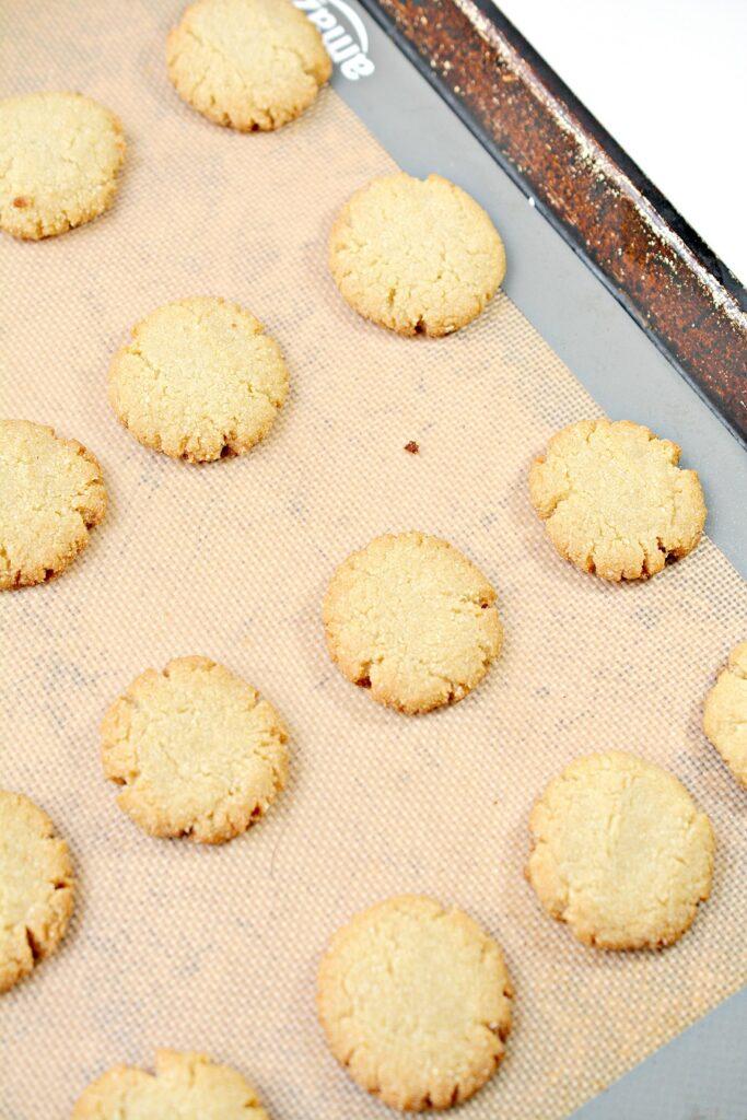Keto Rum Balls Cookies