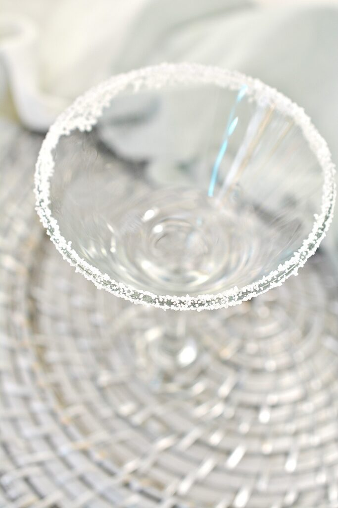 How to Make a Keto Martini