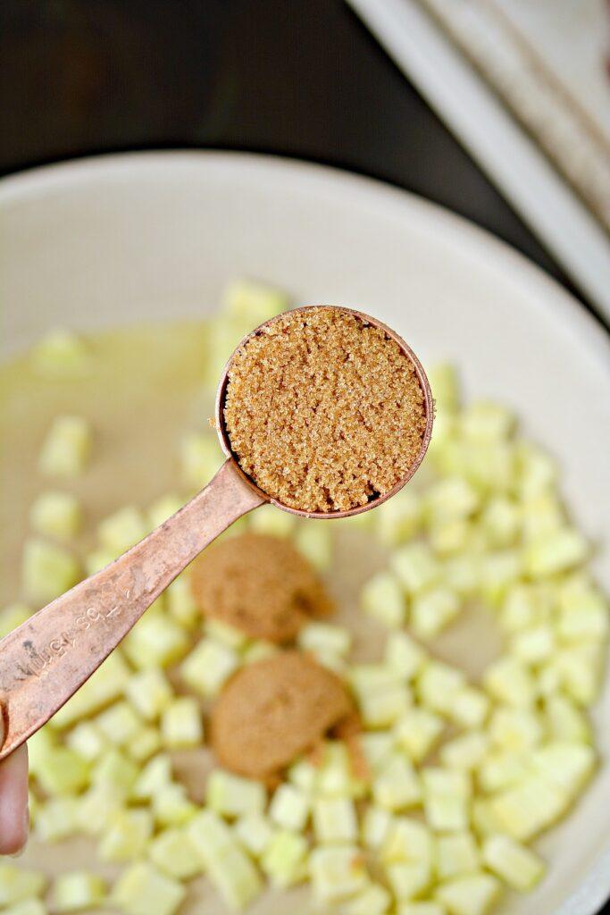 Faux Keto Apple Pie Parfaits Ingredients