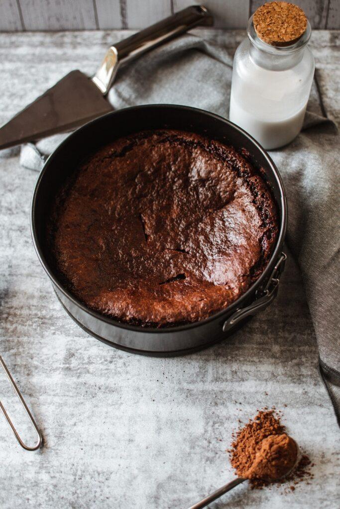 How to Make Vegan Flourless Chocolate Cake