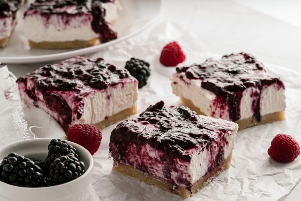 No Bake Keto Cheesecake with Berry Sauce