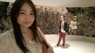 Mayu does do a good selfie. And she makes me stand artfully in the background.