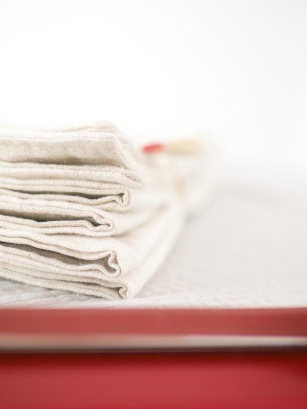 serviettes de table à pois en lin - Trinquette Artisanat