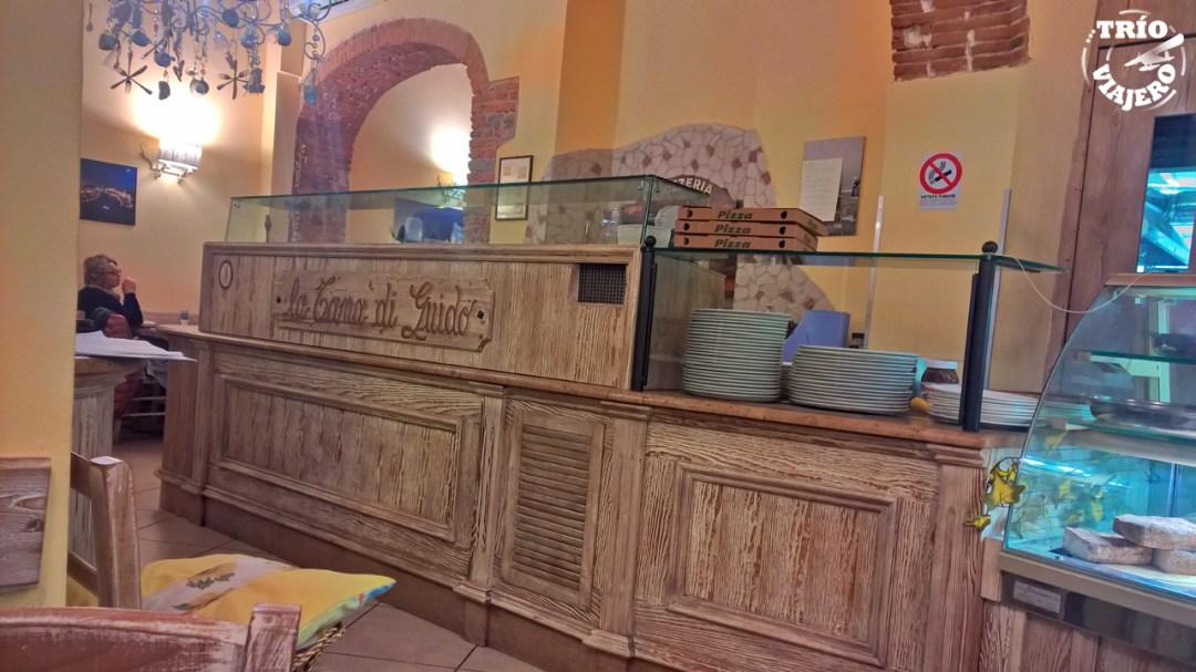 Pizzería La Tana (Pisa- Italia - Europa) ⋆ Trío Viajero