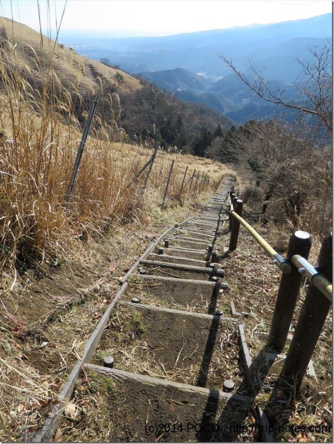 大野山階段