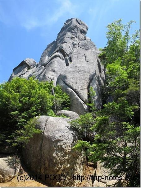 瑞牆山の岩