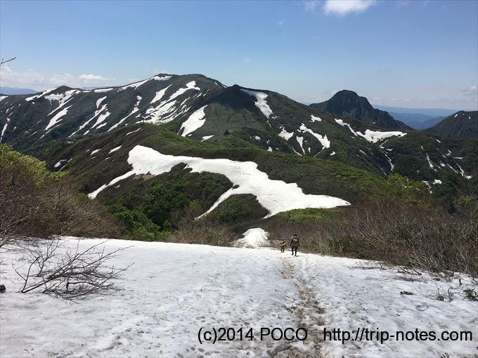 谷川岳馬蹄形縦走 雪渓
