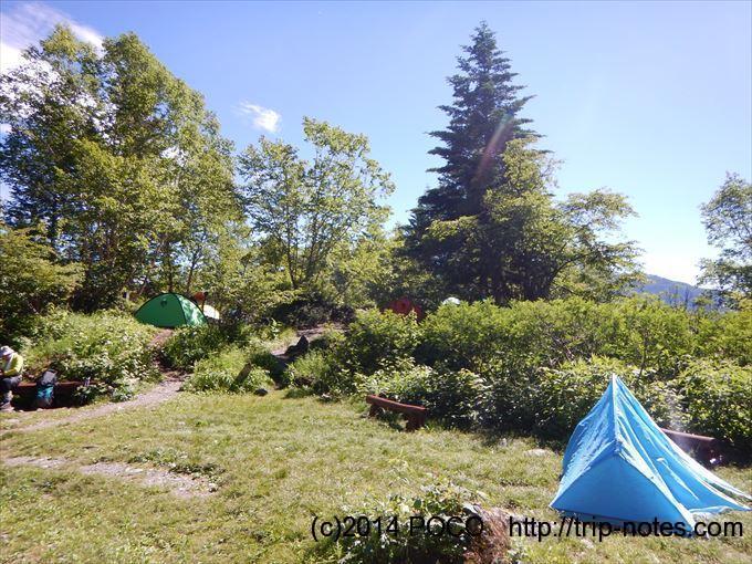 白根御池小屋のテン場