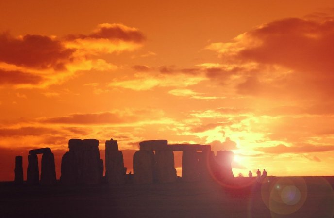 stonehenge-at-sunset-inner-circle