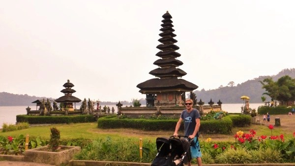 trip and twins temples bali (2)
