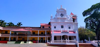 Another south Goan church. Don't forget to notice the white washed walls