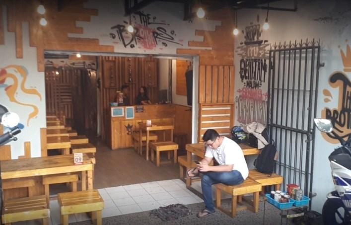 brothers cafe surabaya