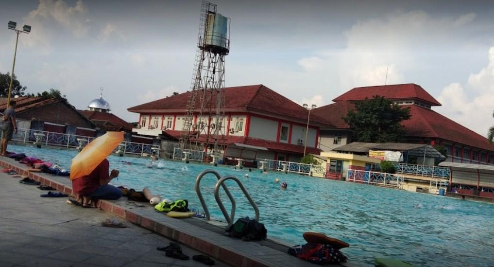 kolam renang di semarang