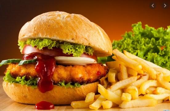 Menurut kamu mengapa makanan cepat saji tidak baik untuk tubuh? Lalu apa akibatnya jika terlalu banyak mengkonsumsi makanan cepat saji?
