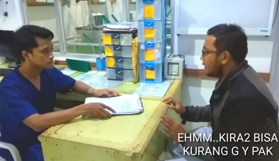 Apa yang bisa kita teladani dari pegawai rumah sakit pada video tersebut?