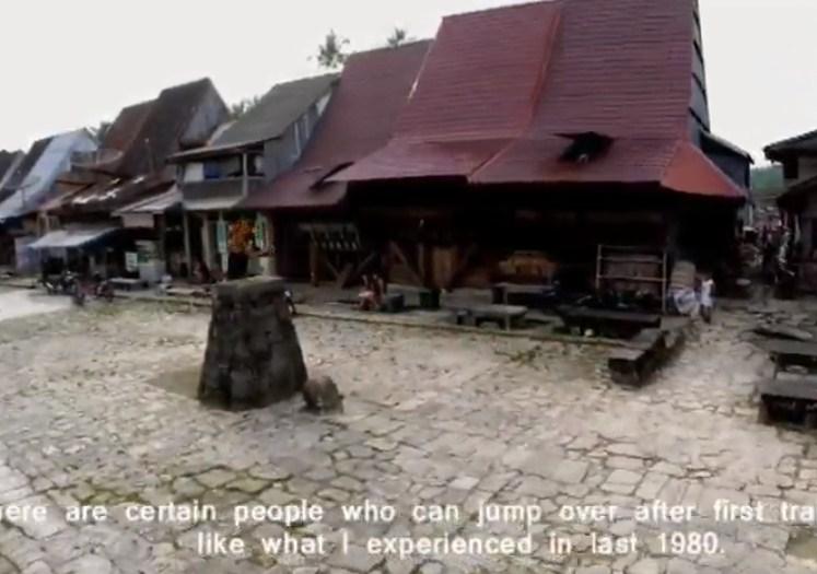 Nilai-nilai apa saja yang ingin ditanamkan oleh para leluhur suku Nias dari kegiatan lompat batu!