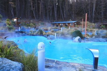 Hot pools lac Tekapo