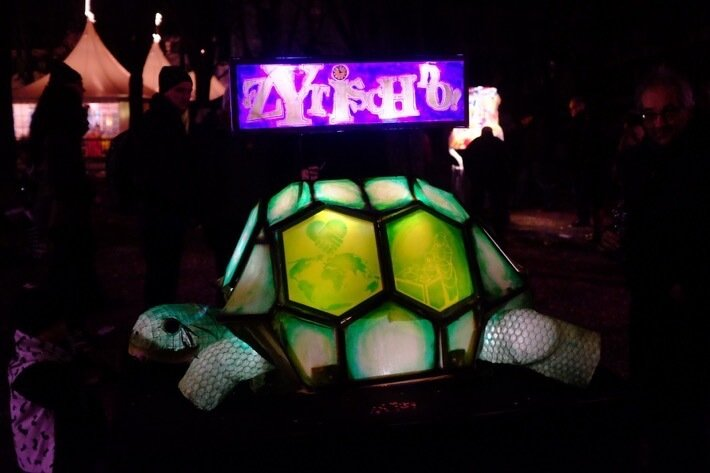 A lantern shaped like a turtle, at the Morgestraich
