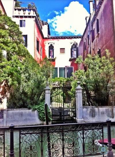 Venice photo gallery garden