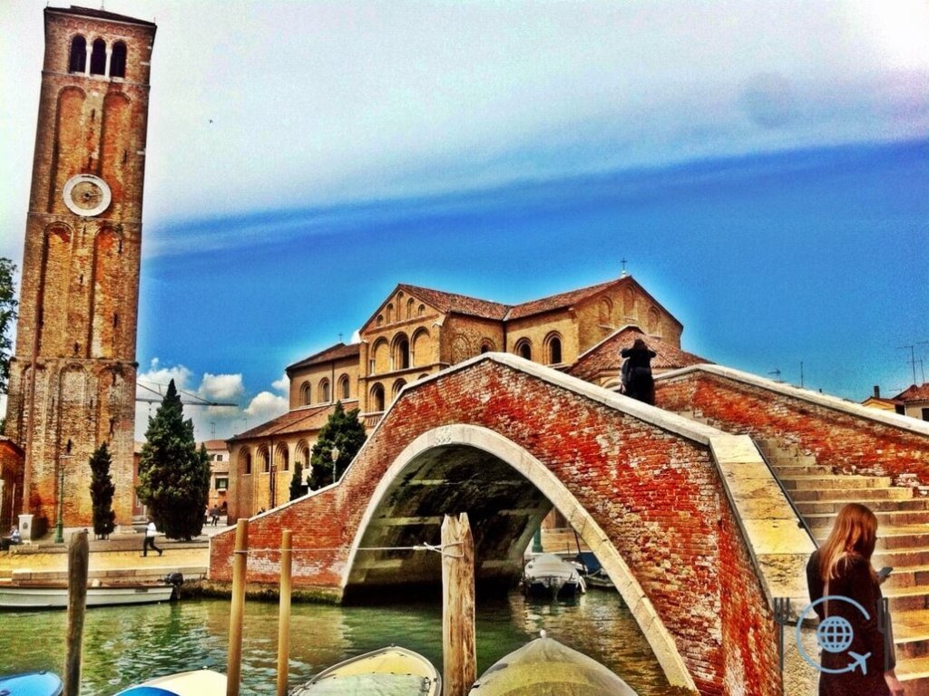 Venice photo gallery red bridge