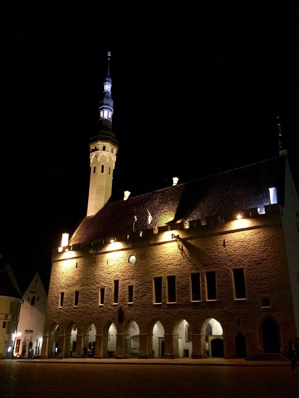 Town hall Tallinn night