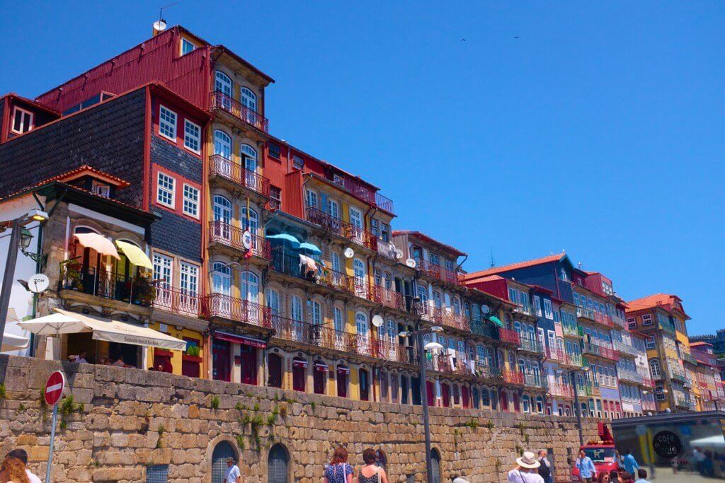 Three days in Porto. Riverfront houses