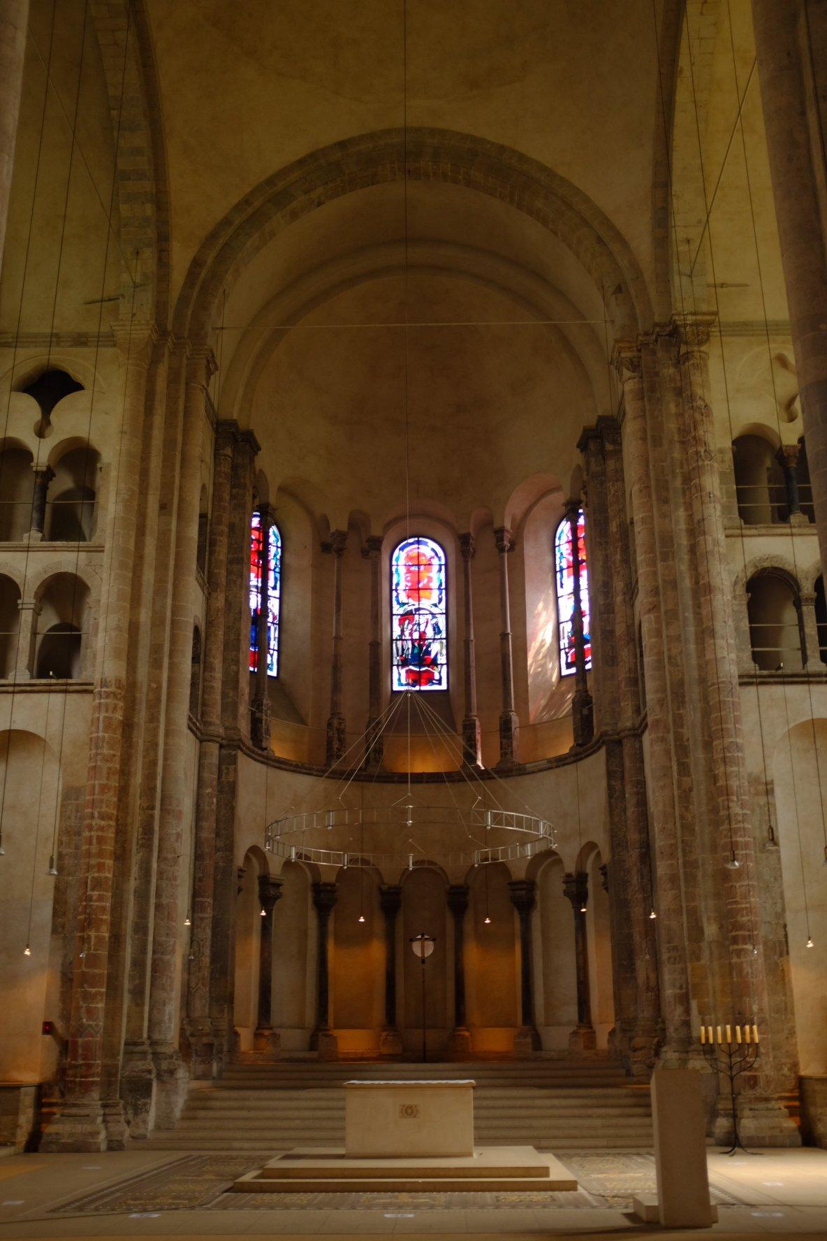 church inside Köln Cologne Gallery Trip Gourmets