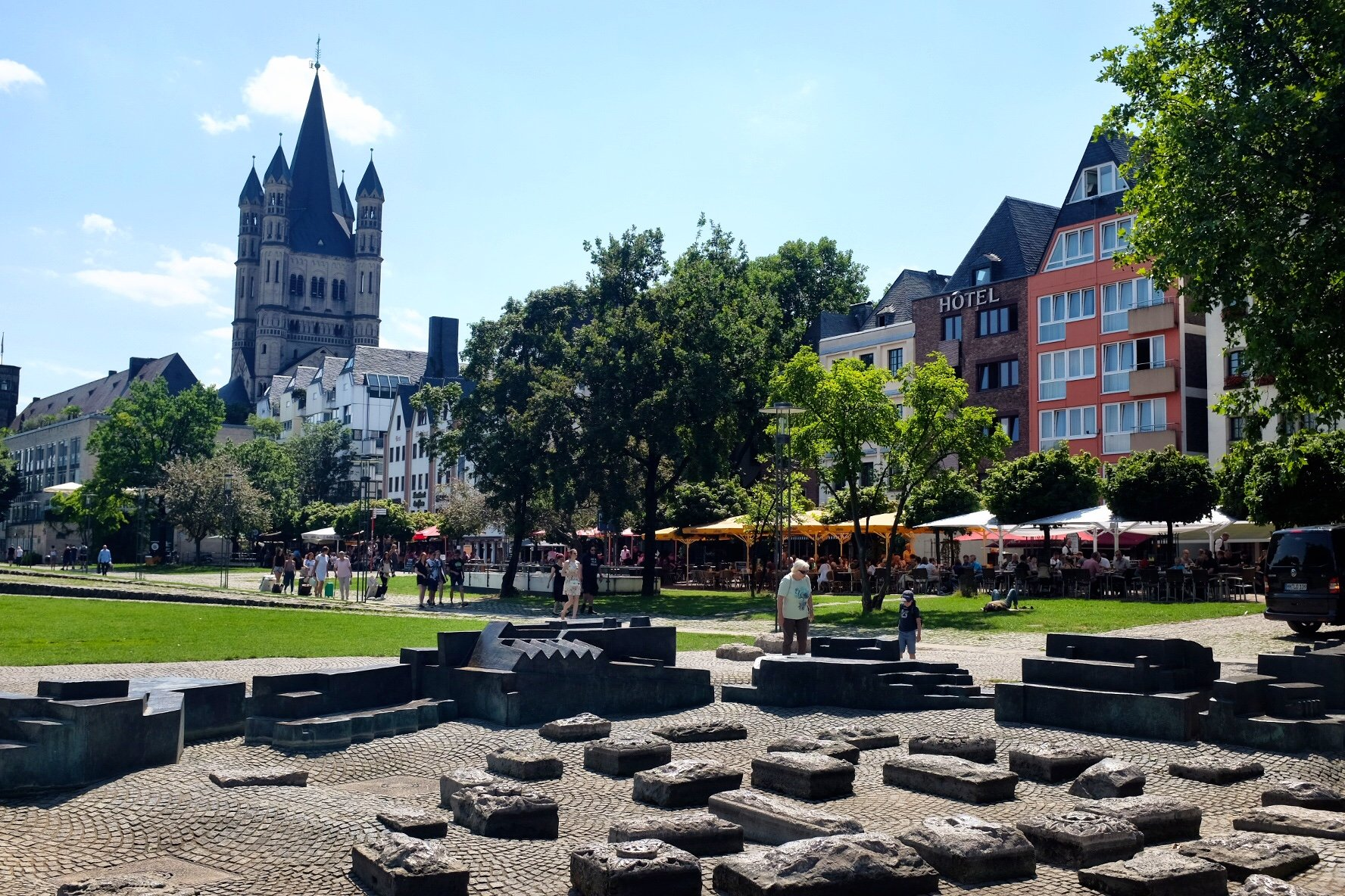 Rheingarten  Cologne Gallery Trip Gourmets