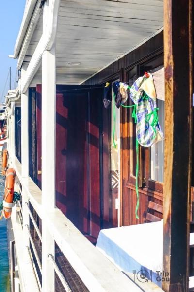 Halong bay cruise review balcony carina boat