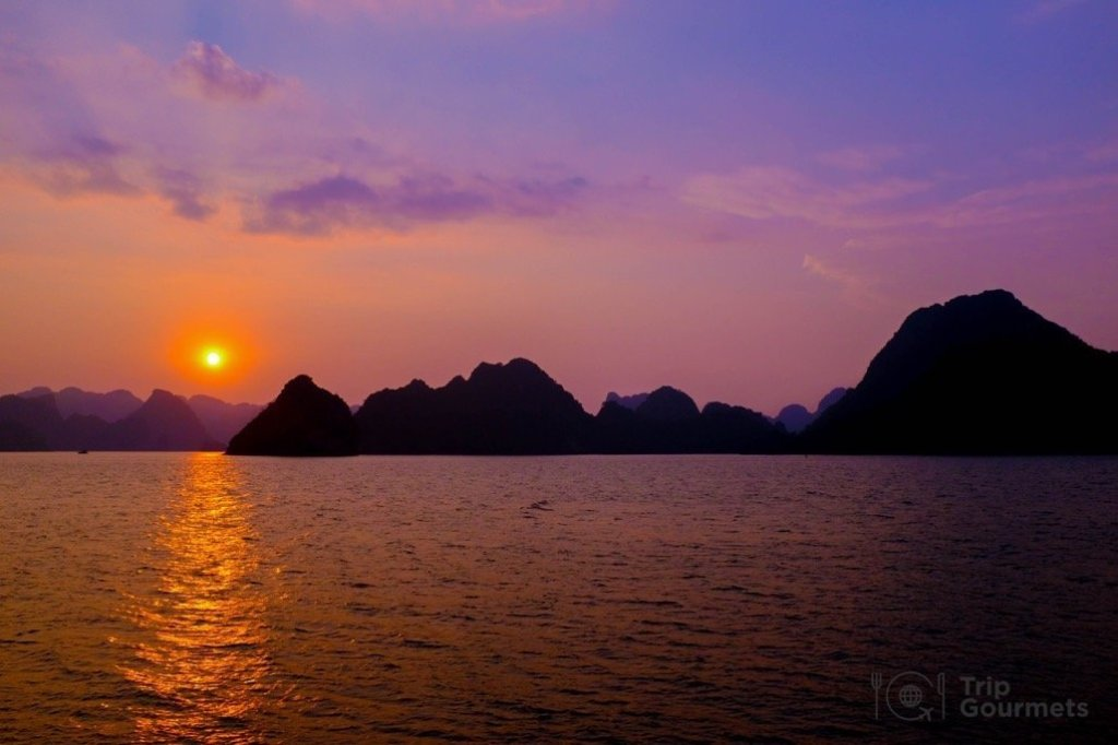 Halong bay cruise review sunset 7 wonders of the world