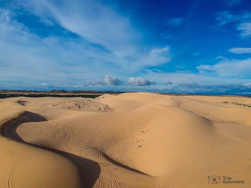 Things to do in Mui Ne Muine white dunes desert
