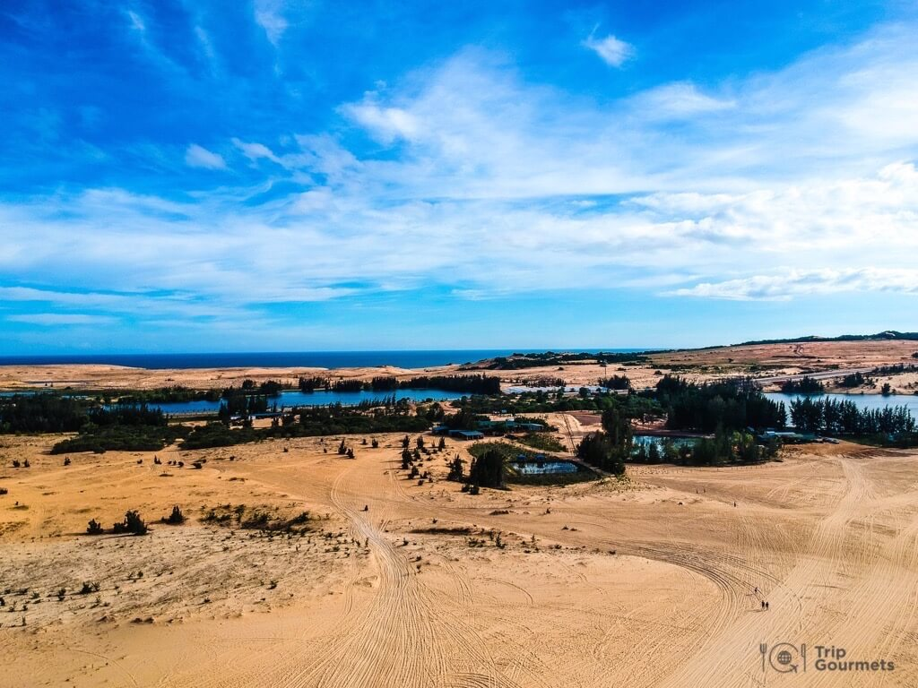 Things to do in Mui Ne Muine Desert white dunes lake sea