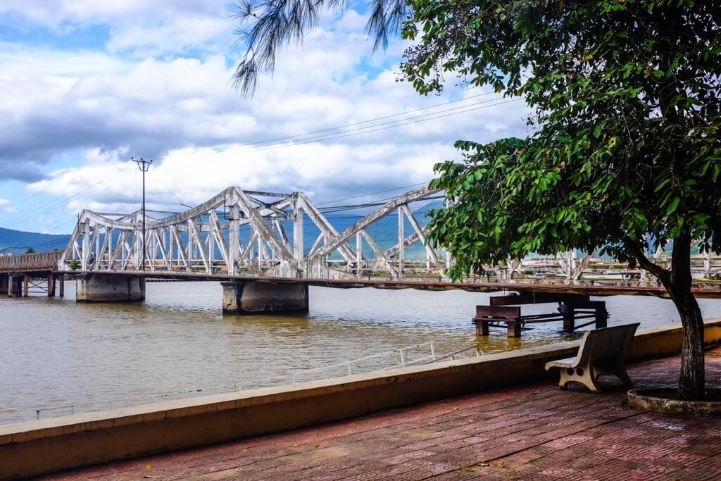 Things to do in Kampot Entanou Bridge cambodia