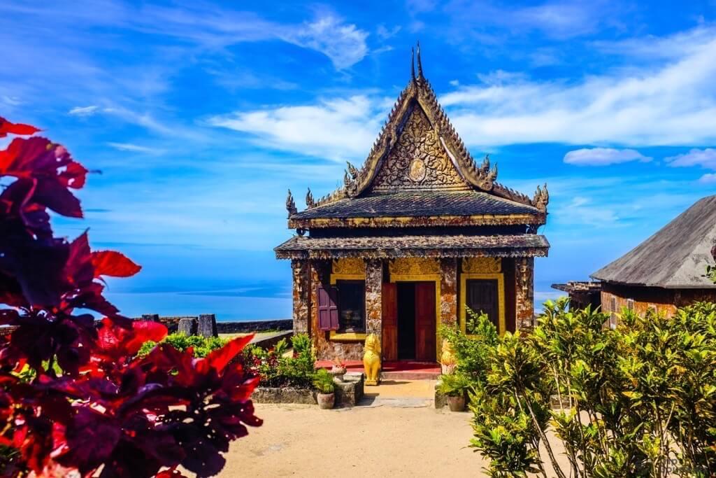 Things to do in Kampot cambodia temple Sampov Pram
