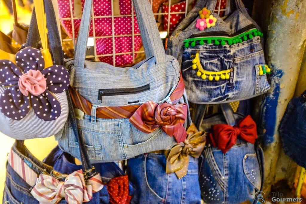 Best Markets in Bangkok Chatuchak hand bags handbags