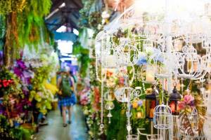 Best Markets in Bangkok Chatuchak soi lamps