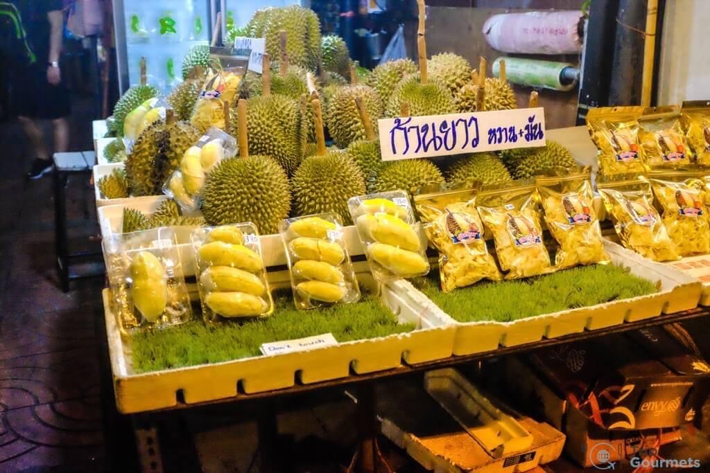 Best Markets in Bangkok Or Tor Kor durian