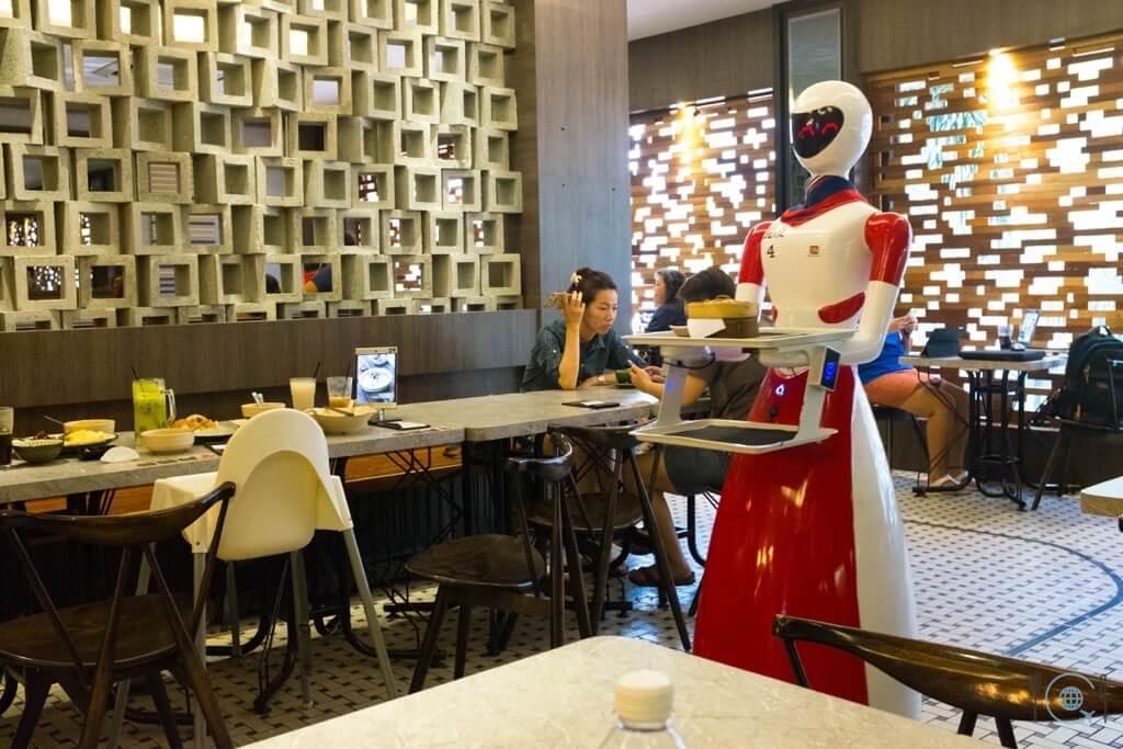 Best food in Ipoh - Nam Heong Ipoh Soho robot cafe