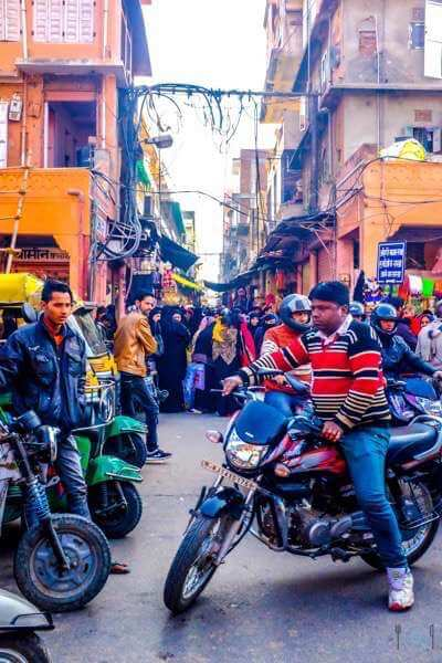 Jaipur itinerary Busy streets