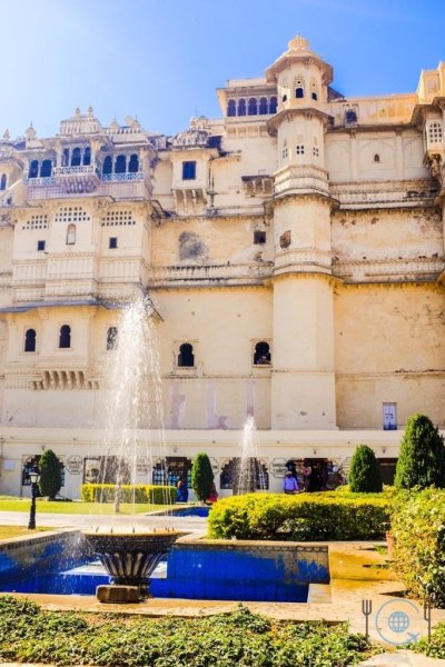 Udaipur Sightseeing City Palace front side