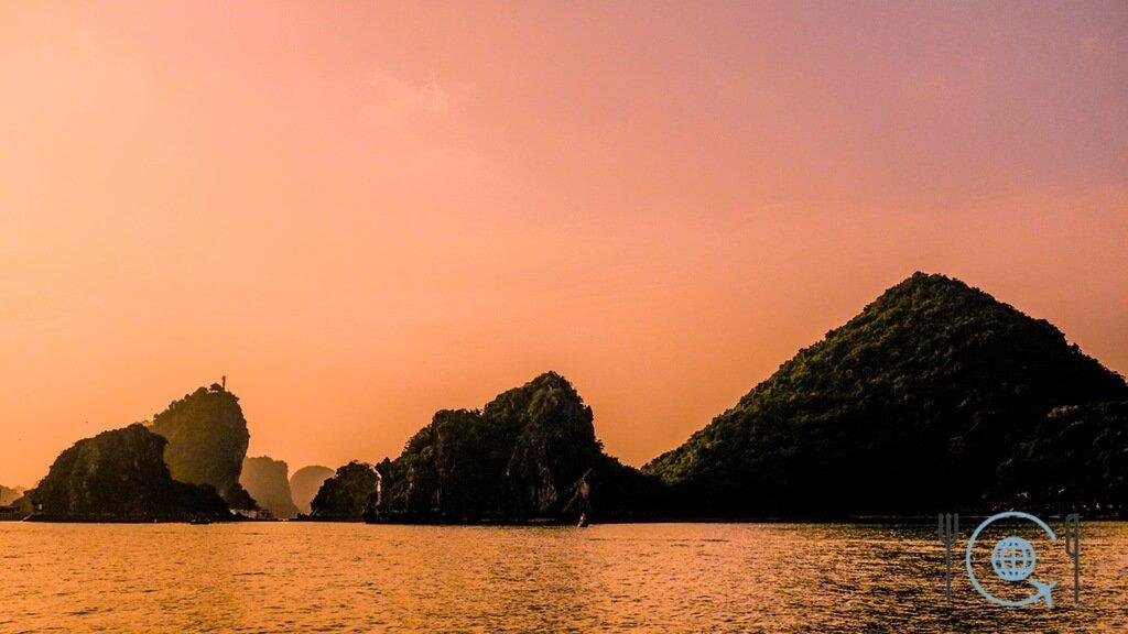 Vietnam 3 week itinerary Halong Bay sunset