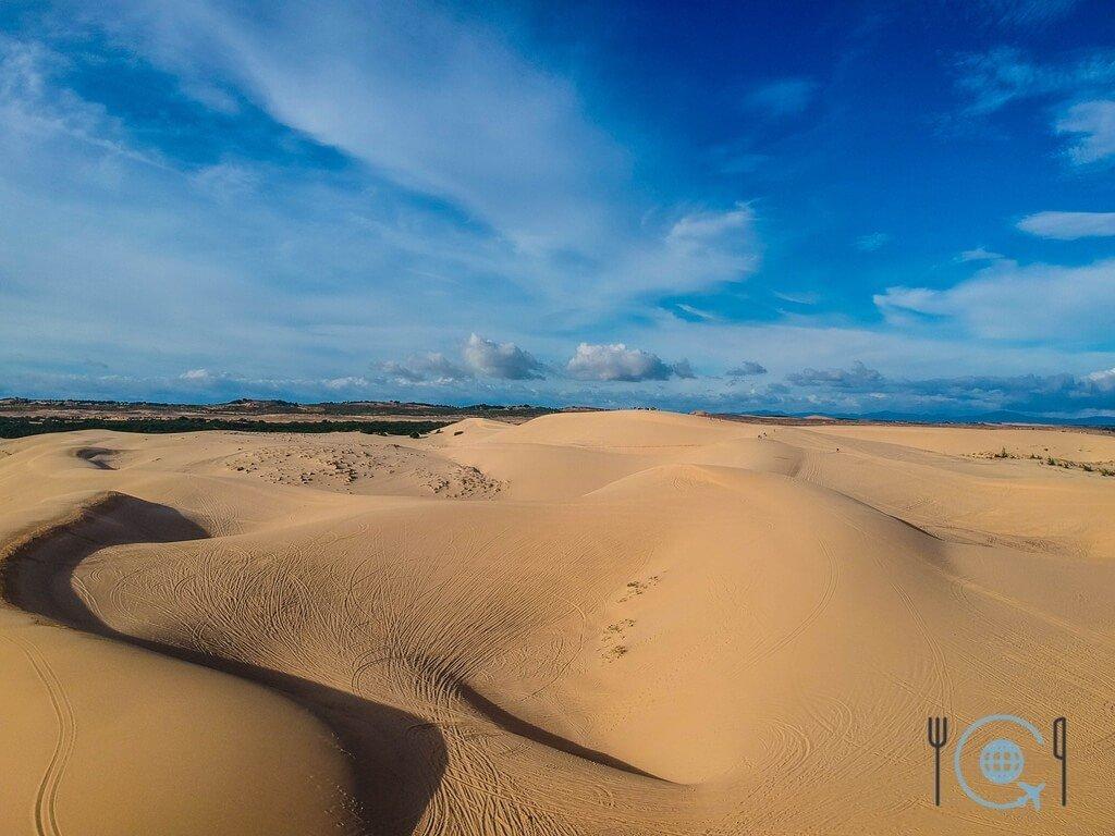 Vietnam 3 week itinerary Mui Ne white dunes