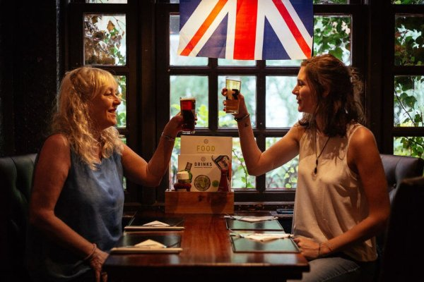 London Food Tours - London in Film & Local Tastings Private Tour
