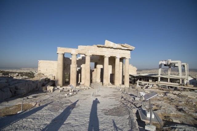 El Pórtico de las Cariátides en la Acrópolis de Atenas