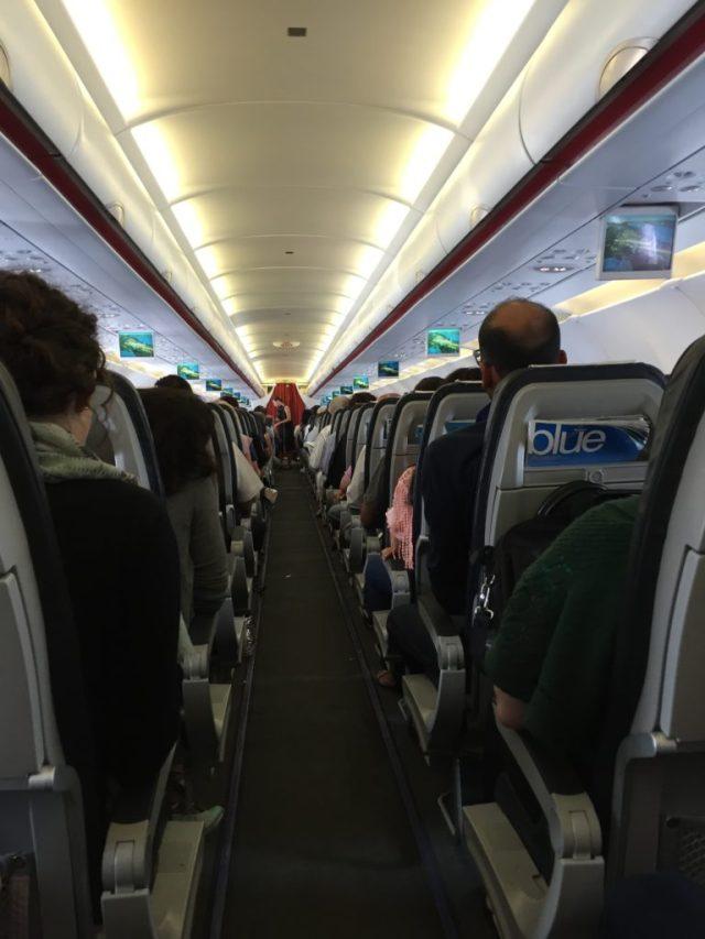 espacios del avión AEGEN