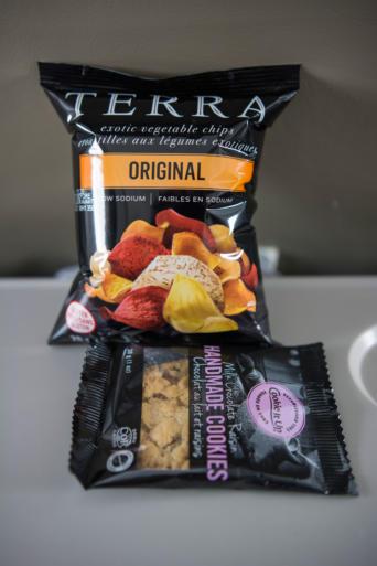 Snacks Porter Airlines