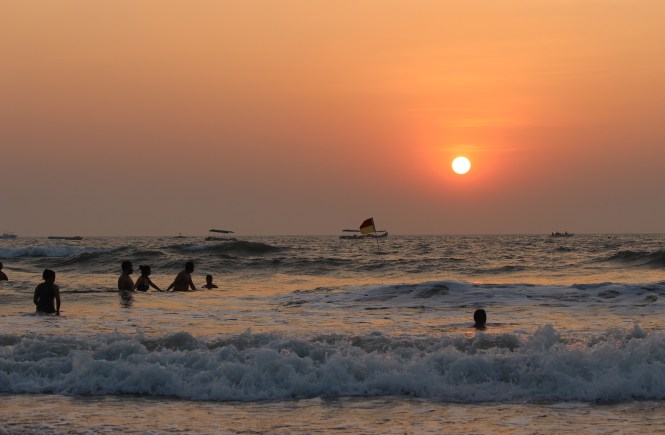 Main beaches of Goa, water sports, cruises and casinos - A Tripinfi Guide
