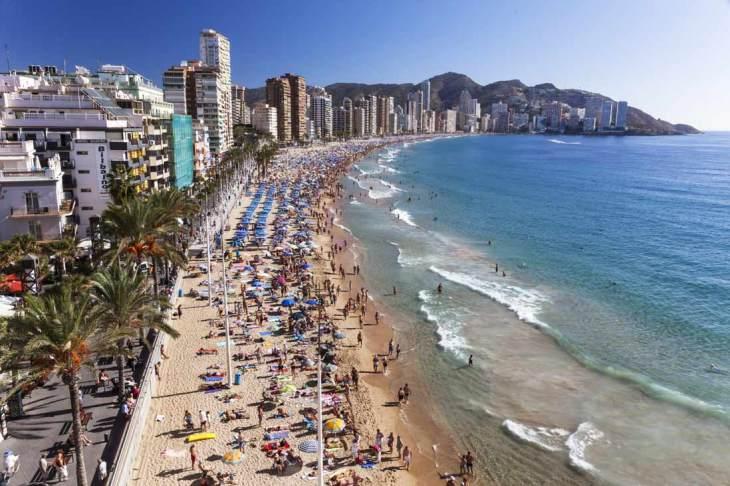 Playa de Levante: Playas - Guía de Benidorm - Tripkay